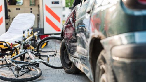 Büntetőfékezés okozott súlyos biciklibalesetet